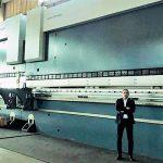 Quinadora CNC 20M x 2500T tandem dimakin