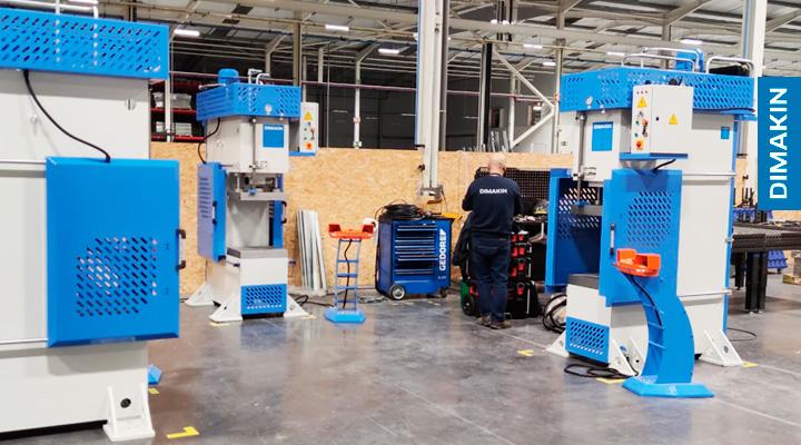 Instalação Prensas Hidráulicas Dimakin